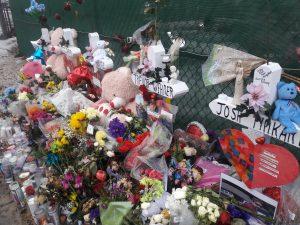 Man who made crosses, Greg Zanis dies