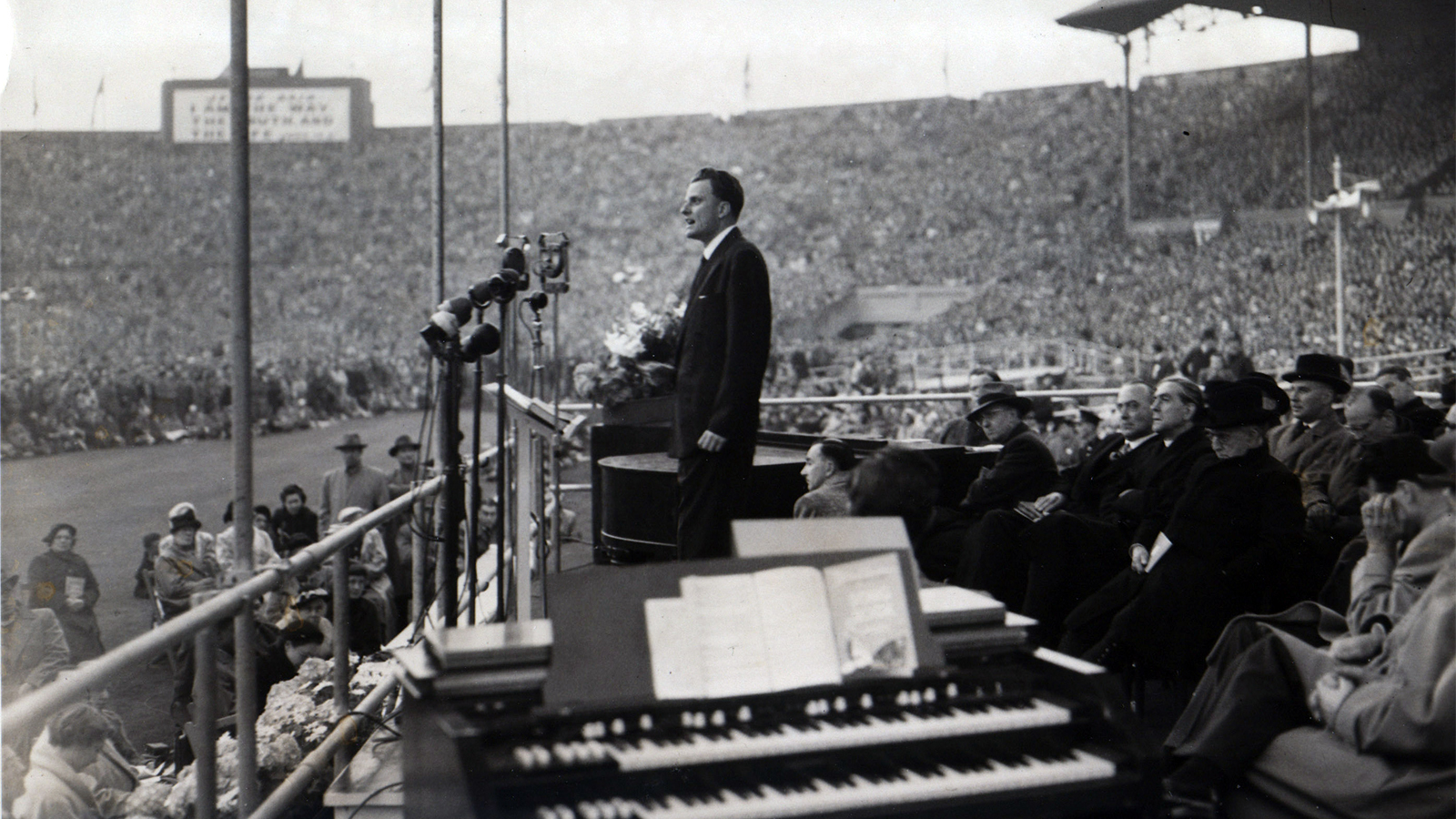 Billy Graham archives photo
