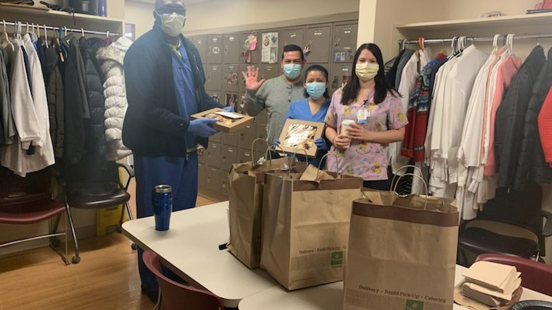 Methodists donate breakfast to hospital workers.