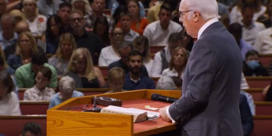 Attorneys for John MacArthur denounce headlines reporting a church outbreak of COVID-19 cases